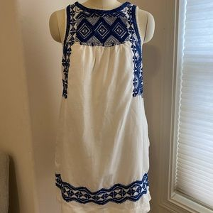 Made well Embroidered Tunic Dress